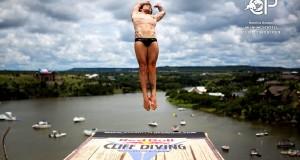 alessandro-de-rose-cliff-diving