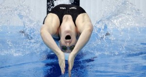 sforzo-atletico-nuoto-bite-denti
