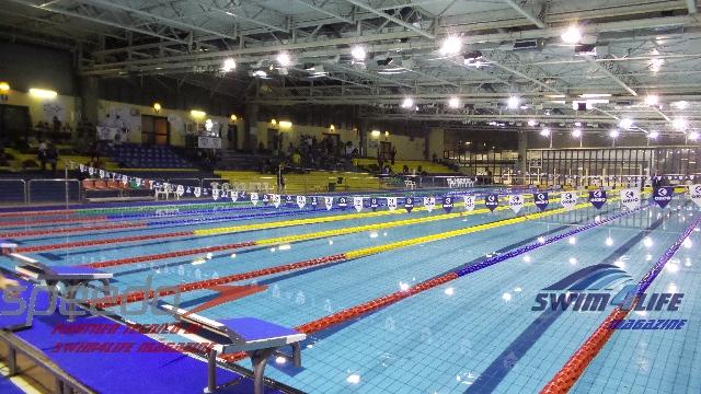 La nuoto club firenze esulta al primo colpo vittoriosa al for Piscina firenze