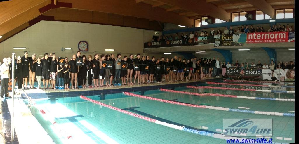 gruppo_race_team_a_bordo_vasca