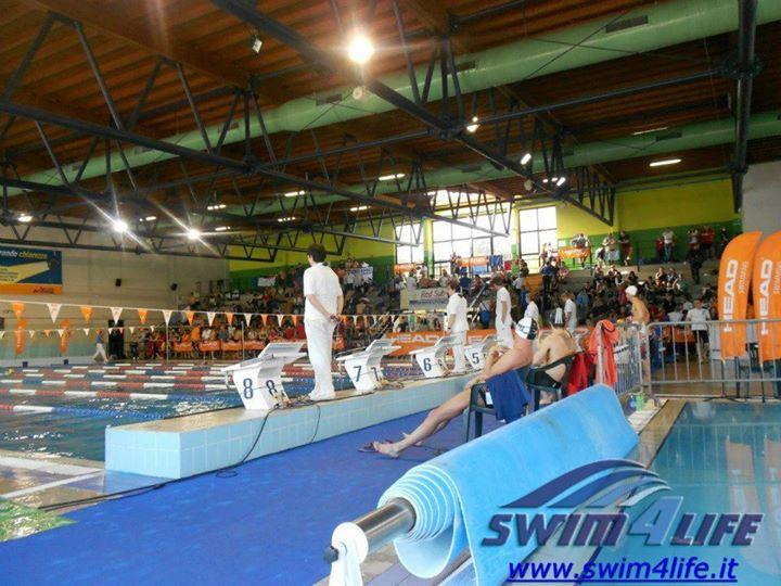 Il 18 trofeo sprint di legnano accende i riflettori swim4life magazine - Piscina di legnano ...
