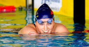 arjola-trimi-swimming