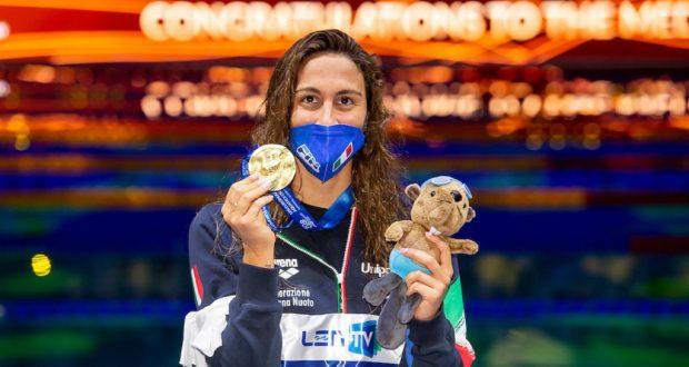 Simona-Quadarella-triplete-oro-anche-nei-400 stile-libero