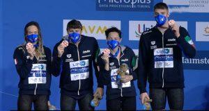 europei-nuoto-budapest-staffetta-italia-mista-bronzo-record-italiano