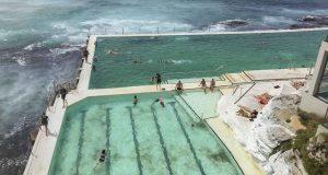 piscine-fantastiche-bondi-icebergs-la-piscina-oceanica-piu-famosa-in-australia