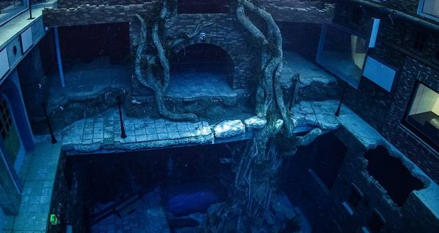 a-dubai-la-piscina-piu-profonda-del-mondo